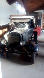 1925 Ford model car