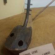 bowl lyre